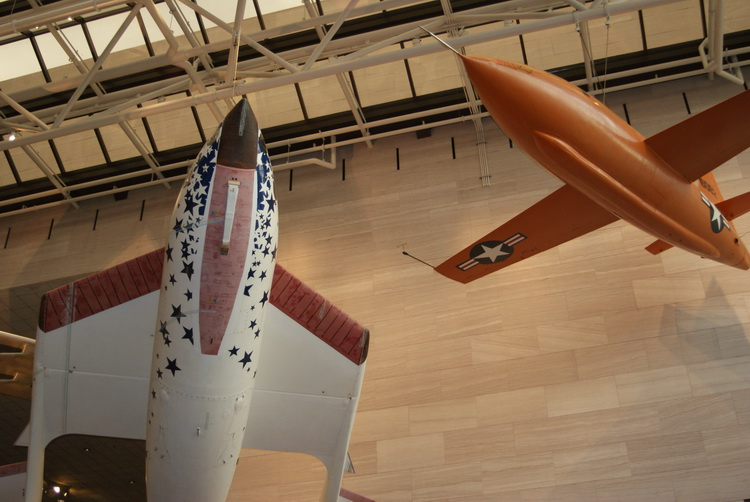 Spaceship One and the Bell X-1