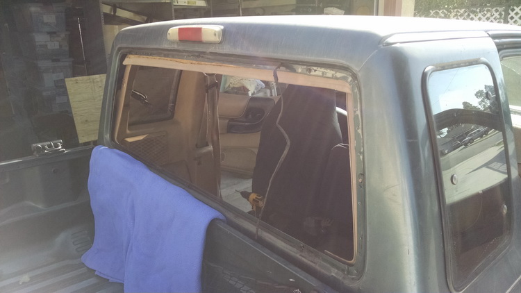Truck Rear Window Seal Replacement
