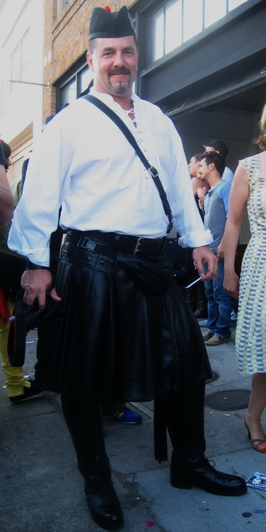 Leather kilt, Dheners, Glengarry