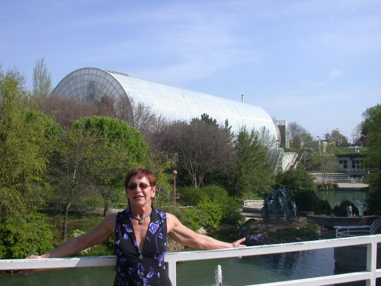 The Crystal Bridge Botanical Garden